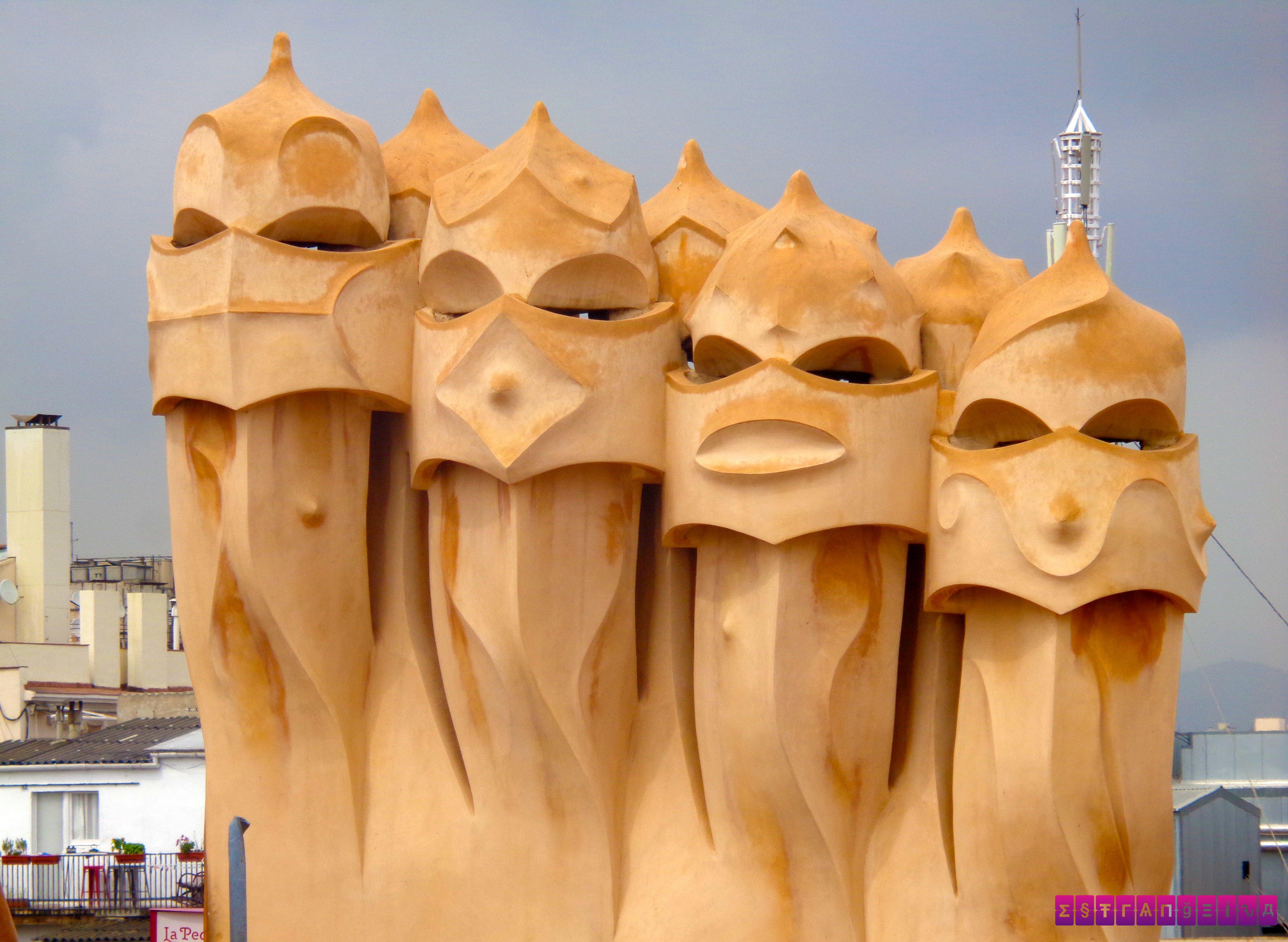 Esculturas do terraço da Casa Millá - La Pedrera