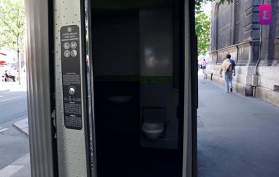 Banheiro Público Paris
