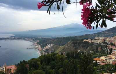 Vulcão Etna visto de Taormina