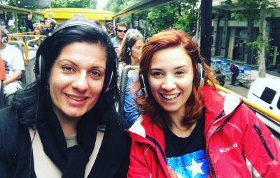 Nós, bem felizes no Buenos Aires Bus.