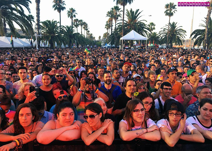 Pride-Barcelona-LGBT-Estrangeira-publico