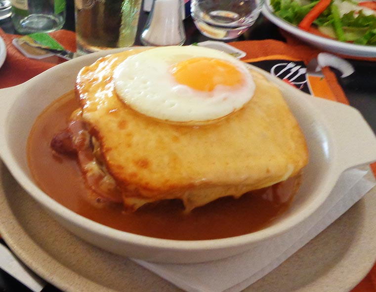 comidas-ogras-francesinha