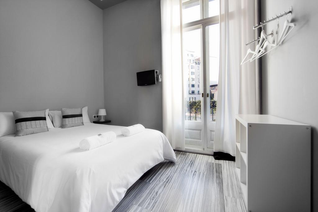 quarto-hostal-boutique-khronos-barcelona-lgbt