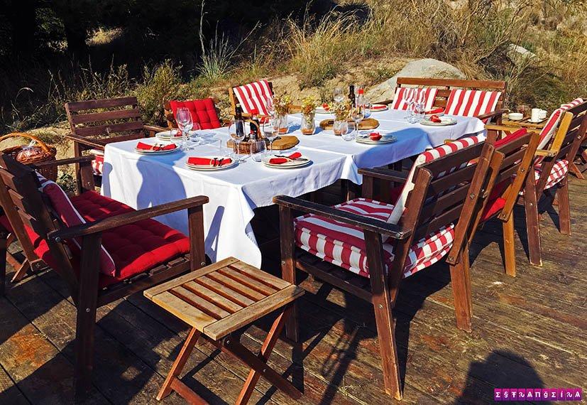 Mesa para o picnic na Bouquet D'Alella