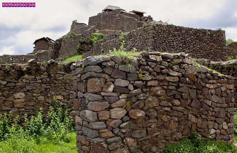 Vale-Sagrado-Peru-Pisac
